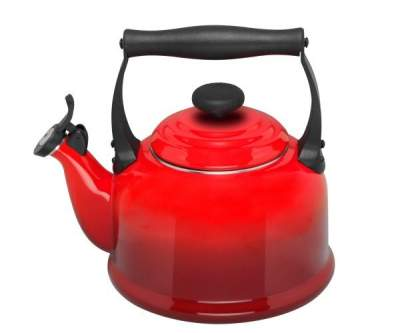 Czajnik TRADITIONAL Le Creuset  Cherry Red